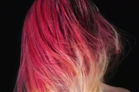 hair changing color this amazing color changing hair dye is like hypercolor