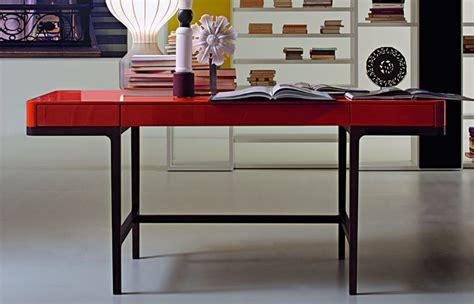 bureau de victor 10surdix bureau victor 166 cm l tabac laque mat