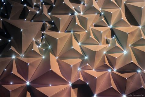 projection mapping  origami wow ozonweb  ozon magazine