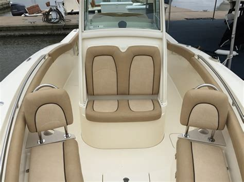 Bay Boats With Front Seating by Scout 255 Lxf Lean Sportfishing Machine Boats