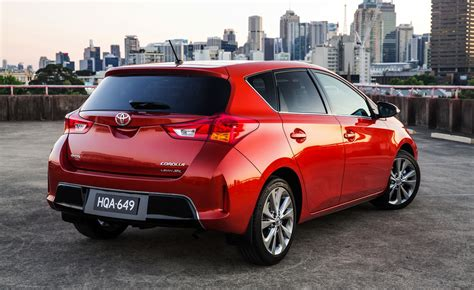 2013 Toyota Corolla Specs by 2013 Toyota Corolla Pricing And Specifications Photos