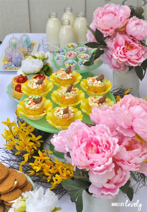 carrot cake cupcakes easter table ideas  life lovely