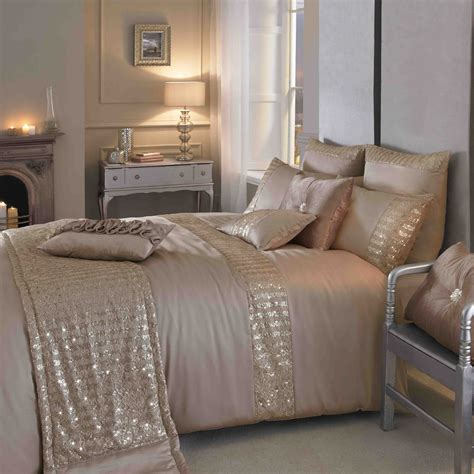 Blush And Gold Bedroom Kylie Minogue Summer Bedding Has
