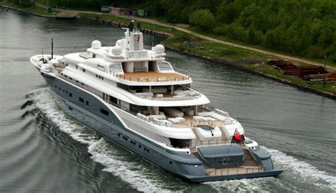 expensive yachts   world   owners