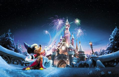 christmas disneyland paris 2017 what to expect travel