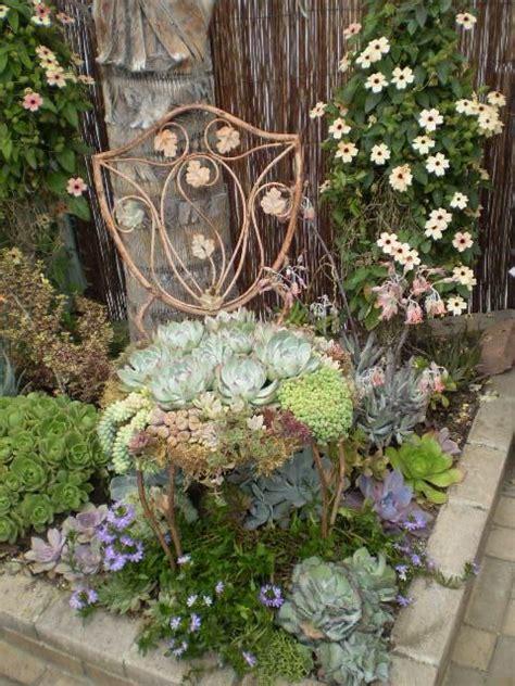 Garten Und Landschaftsbau Englisch by A Succulent Style Garden Lawn N Garden Ideas