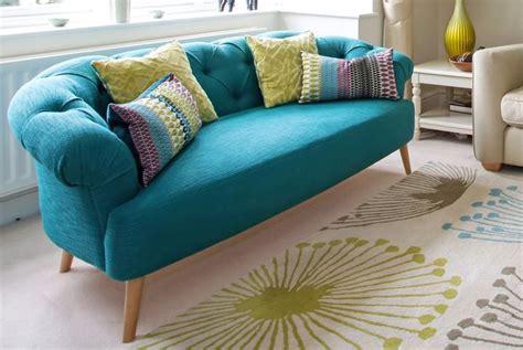 sofa turquesa sala 25 melhores ideias de sof 225 turquesa no pinterest salas