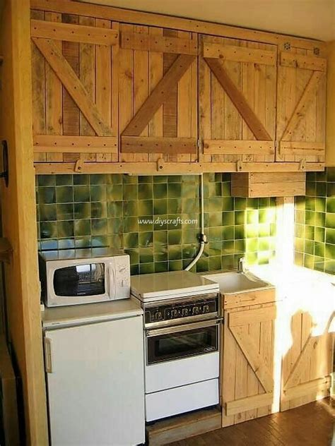 pallet wood kitchen cabinets low cost diy wood pallet crafts that are easy to make 291 | Pallet Kitchen Cabinets