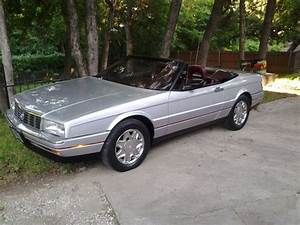 Find Used 1987 Cadillac Allante Base Convertible 2