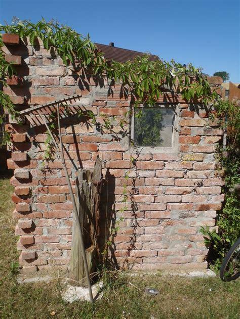 Mauer Aus Alten Backsteinen  Sichtschutz  Pinterest Garten
