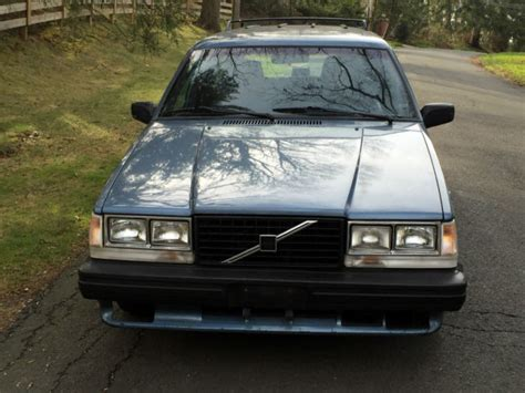 volvo  wagon turbo