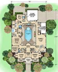 L-shaped House Plans with Pool