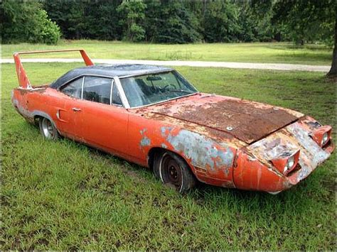 Plymouth Daytona For Sale by Quot Joe Dirt Quot Like Superbird Still Fetches 45 000 Price Tag