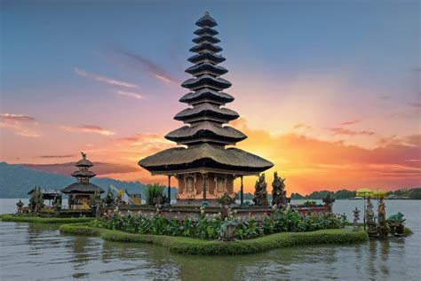 Popular Places To Visit In Indonesia