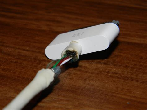how to repair synccharge cable iphone ipad ipod at 21915640084 iphone 4 charger wire