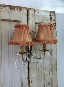 Shabby Chic Lampen : pin van saskia beau belle brocante op lampen chandelier lamp shades en romantic home decor ~ Orissabook.com Haus und Dekorationen