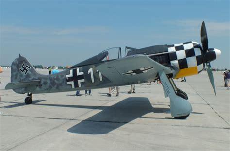 Aviation photographs of Focke-Wulf Fw.190A-8/N Replica : ABPic