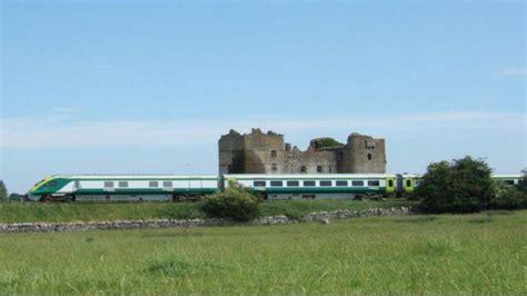 Railtours Ireland The Cliffs Moher Bunratty Castle