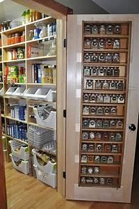 Regal Für Speisekammer : die 25 besten ideen zu speisekammer auf pinterest speisekammer design speisekammer ideen und ~ Markanthonyermac.com Haus und Dekorationen