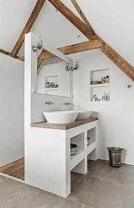 Aménager Une Salle De Bain : les 25 meilleures id es concernant petites salles de bain ~ Dailycaller-alerts.com Idées de Décoration