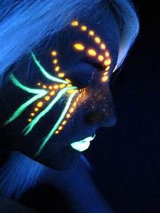 Maquillage Fluo Visage : in too deep by nomercyxx blacklight pinterest ~ Farleysfitness.com Idées de Décoration
