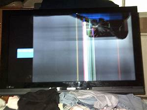 "Free: 40"" Toshiba LCD TV, Broken screen, Parts/Repair ..."