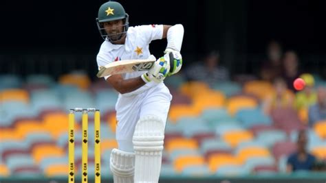 Misbah challenges dropped Shafiq to earn Pakistan recall