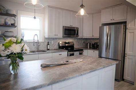 how to add backsplash to kitchen follow colleen s kitchen renovation at lemon thistle 8490