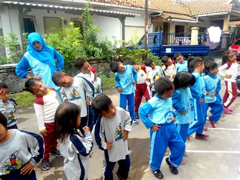 Rabu pagi kegiatan rutin senam sehat untuk anak anak tk muslimat nu kedungwuni. Kumpulan Lagu Senam Untuk Anak PAUD