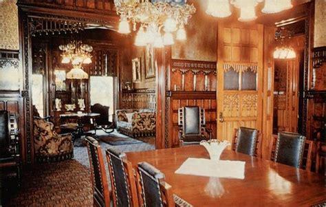 dining room  asa packer mansion jim thorpe pa