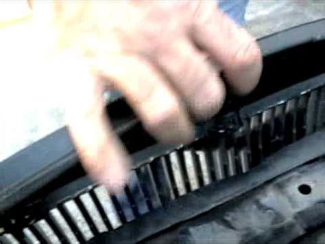 ipd volvo grille install     youtube