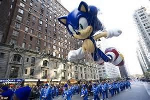 macys thanksgiving parade  canceled  heavy