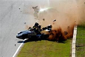 Le Delta Le Mans : nissan deltawing crashed at petit le mans video ~ Dallasstarsshop.com Idées de Décoration