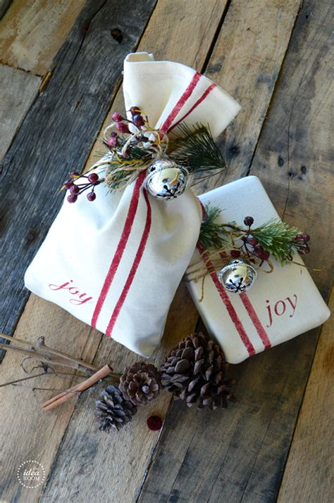 creative christmas gift wrap  idea room