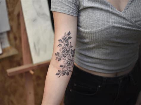 tatuaggi di fiori sul braccio tatuaggi di fiori sul braccio soggetti o elementi decorativi