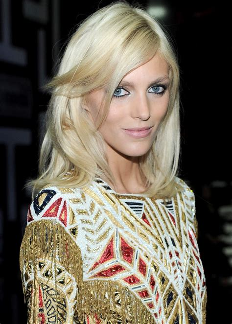 models inspiration anja rubik  gold