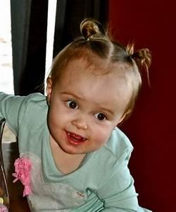 Photo De Bébé Fille : coiffure petite fille 50 id es adorables pour le printemps ~ Melissatoandfro.com Idées de Décoration