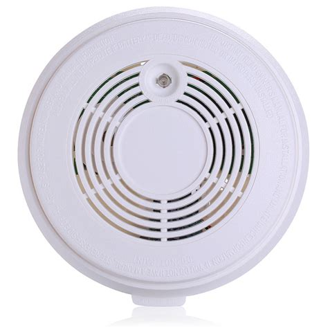 first alert 3 beeps green light personal standalone combined carbon monoxide and smoke