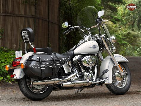 Harley Davidson Softail Model Specifications