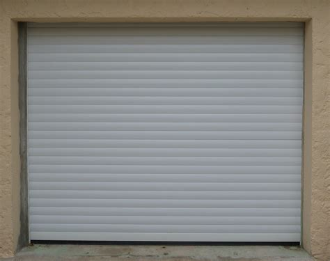porte de garage enroulable sur mesure 224 la seyne portes de garages et rideaux metalliques nao