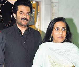 Anil Kapoor Family Photo, Wife, Daughter, Son, Age, Biography