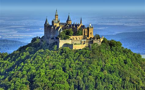 Hohenzollern Castle Home Of A Dynasty A Pakistani In