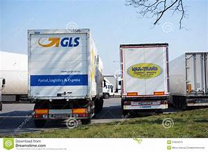 Gls Transport Avis : gls and max trans trucks editorial image image 51624010 ~ Maxctalentgroup.com Avis de Voitures