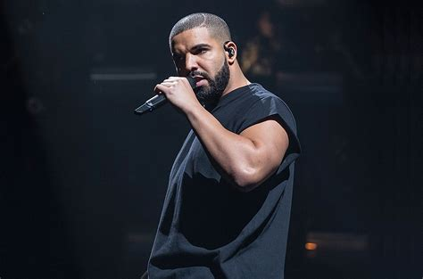Drake Disses Hot 97's Funkmaster Flex At New York Show