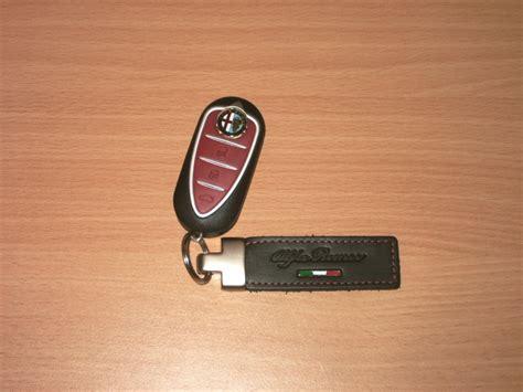 porte cle alfa romeo forum alfa mito accessoire portes clefs alfa romeo