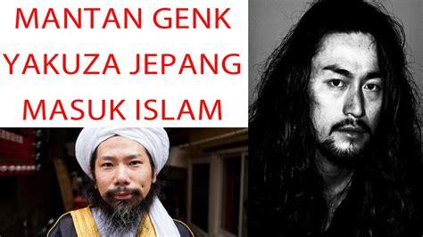 pembuat tato genk mengerikan yakuza jepang masuk islam
