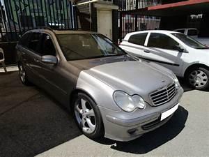 Repossessed Mercedes Benz C Class C200k Estate 2005 On