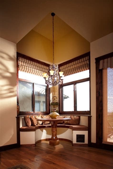 Eat In Kitchen Booth Ideas by Breakfast Nook Ideas Living Room Traditional With Eat In