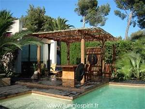 Jungle spirit gazebos paillotes meubles et decoration for Jardin autour d une piscine 13 detail produit stock