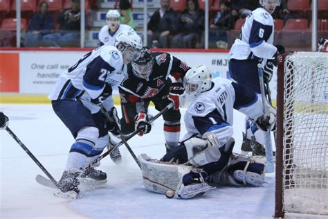 Warriors Cut By Blades – Moose Jaw Warriors